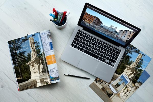 How to Choose the Right Travel Laptop